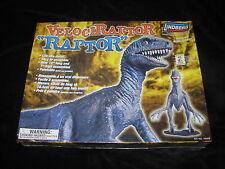 VELOCIRAPTOR RAPTOR Dinosaur Lindberg Model Kit FACTORY SEALED Kit #70372 RARE