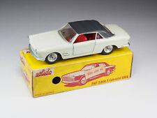 SOLIDO - 133 - Fiat 2300 S Cabriolet Ghia - Crème intérieur rouge - En boite