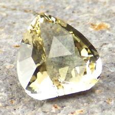 PASTEL GREEN-GOLD OREGON SUNSTONE 4.61Ct CLARITY SI1-UNIQUE CUT-FROM PANA MINE!