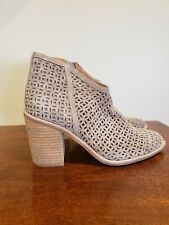 New Jeffrey Campbell Medera Taupe Boots Size 7.5