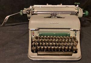 Vintage Olympia Typewriter De Luxe Wilhelmshaven West Germany1950s Green Works