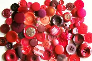 A lot of 80 mixed vintage buttons in shades of red/crafting/collage/jewellery