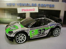 2009 Hot Wheels TRAK-TUNE chrome;32;white 10sp Multi gift pack Exclusive LOOSE