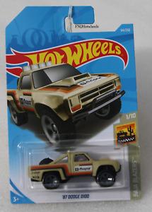 Hot wheels HW Baja Blazers '87 Dodge D100 Pick-up 1/10 FNQHotwheels FH344