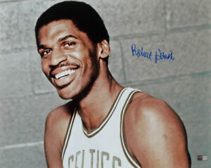 Robert Parish Signed Boston Celtics 16x20 Photo (TriStar Hologram)