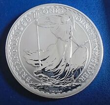 1998 Two Pound Britannia, 1 troy ounce of pure silver + capsule - top grade