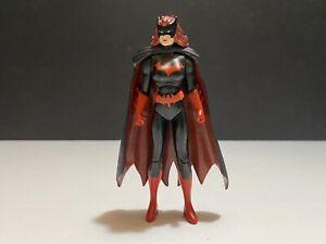 """2008 DC Universe Infinite Heroes Crisis Batwoman 4"""" Action Figure Batman"""