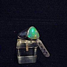 Ring, Gr.57  Silber 925 mit einem Opal Cabochon aus Äthiopien