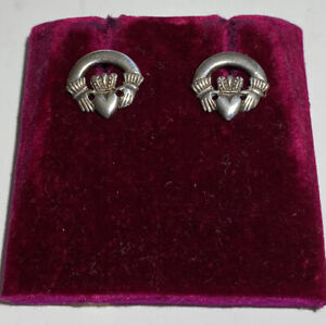 Vintage Estate Ireland Sterling Silver Hallmarked Hallmarked Claddagh Earrings