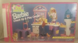 Vintage Barbie Pet Doctor check up & play center 67506 - boxed incomplete