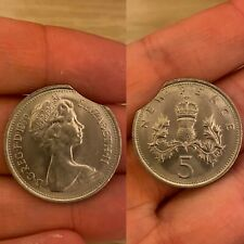 More details for d.g.reg.f.d.1970 elizabeth ii new 5 pence with mint/clipping error/rare