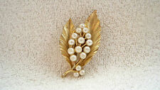 Vintage Lisner Goldtone Leaves and 16 Faux Pearls