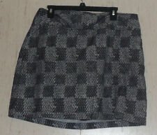 EXCELLENT WOMENS IZOD XFG STRETCH BLACK & WHITE PRINT CHECK SKORT  SIZE 14