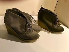 Wedge Tie Shoe 9 Old Navy Choice: Grey or Olive Green EUC
