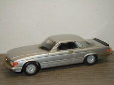 Mercedes 500SLC - AMR Models 466 France 1:43 *36404