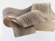 Peau de serpent cobra naturel
