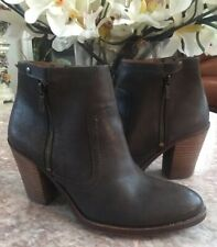 Lucky Brand Women's Brown Leather Zip Ankle Chunky Heel Boot Sz 8.5 M. EUC, $149