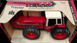 IH International 3588 1/16 4WD Anteater Farm Tractor 1970s MIB Beautiful