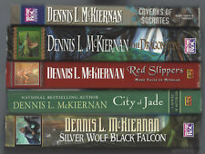 lot Dennis L. McKiernan DRAGONSTONE WOLF FALCON RED SLIPPERS CITY JADE SOCRATES