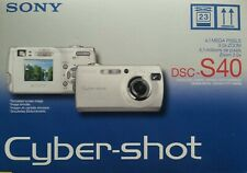 NEW! SONY Cybershot DSC-S40 4.1 MP Digital Camera in sealed box.