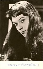 CARTE POSTALE PHOTO CELEBRITE ACTRICE BEATRICE ALTARIBA