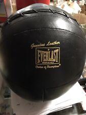 black leather Everlast medicine ball 7.6 lbs