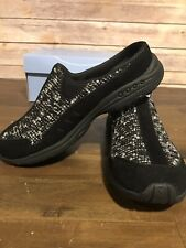 Easy Spirit Traveltime Slip On Mule Sneaker Size 7 Black Leather With Gray Knit