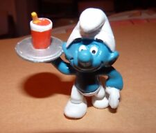 figurine schtroumpf schleich PEYO SERVEUR 1982 / 5.5 cm