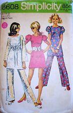 Simplicity 8608 Young Jr/Teen Mini-dress and pants size 9/10