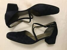 YSL Yves Saint Laurent Dark Blue Suede Closed Toe Cross Over Ankle Strap Shoes