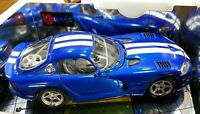 NIB Dodge Viper GTS Coupe Die-Cast Car / 1:18 Scale / Made in Italy Blue & White