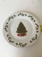 """Christmas Tree Dinner Plates 10.5"""" Set of 4 Made In China  Holiday Plates"""