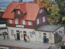 Faller H0 Bahnhof Kleiningen - Farbvariante von Pola 653 Bausatz NEU