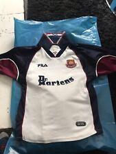 Retro Vintage West Ham Football Shirt 1999-2000