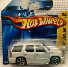 Hot Wheels 2006 - NEW MODELS - '07 CADILLAC ESCALADE - WHITE - SHORT CARD
