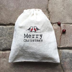 East of India Christmas Drawstring Gift / Present Bag - Merry Christmas - Robins