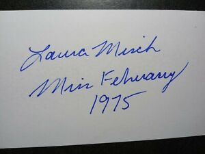 LAURA MISCH Hand Signed Autograph 3X5 INDEX CARD - PLAYBOY MISS FEBRUARY 1975