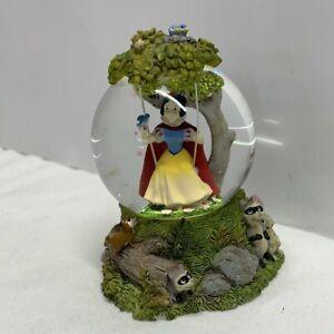 Disney Snow White Mini Snowglobe