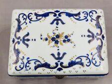RARE Antique CHELSEA PORCELAIN BOX Gold Anchor Mark Circa 1750's