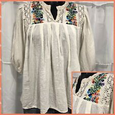 SMALL/MEDIUM - Vintage 60's Embroidered Boho Hippy Oaxacan Blouse Top