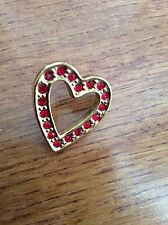 HEART GOLD BROOCH WITH RED RHINESTONES AVON EUC
