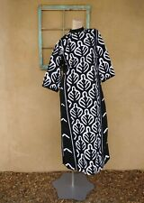 New listing Vtg 1960s Caftan Maxi Dress Black and White Applique Sz S