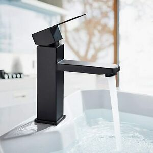 Bathroom Basin Taps Single Lever Basin Mixer Taps for Lavatory and Washroom Shor