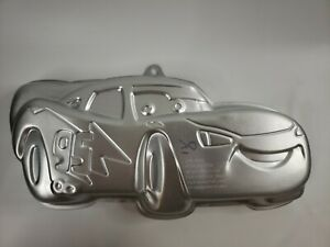 Wilton Cars Lightning McQueen Cake Pan Tin Mold 2105-6400 EUC Disney Pixar