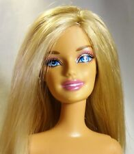 Barbie Doll Dark blonde Blue eyes Belly Button model Articulate legs Nude