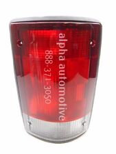 NOS New 95-04 Ford E150 E250 E350 00-05 Excursion Right Tail Light Tail Lamp