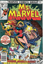 Ms. Marvel Comic Book #10, Marvel Comics 1977 NEAR MINT