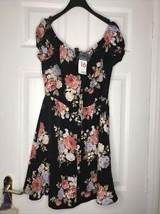 ladies dress size 16 bnwt