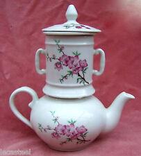 ** jolie théhière en porcelaine française !! **