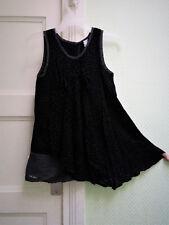 Très jolie robe IKKS quasi NEUVE T.4/5 ans